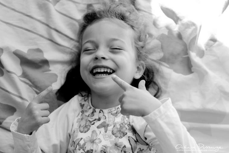 rire de petite fille