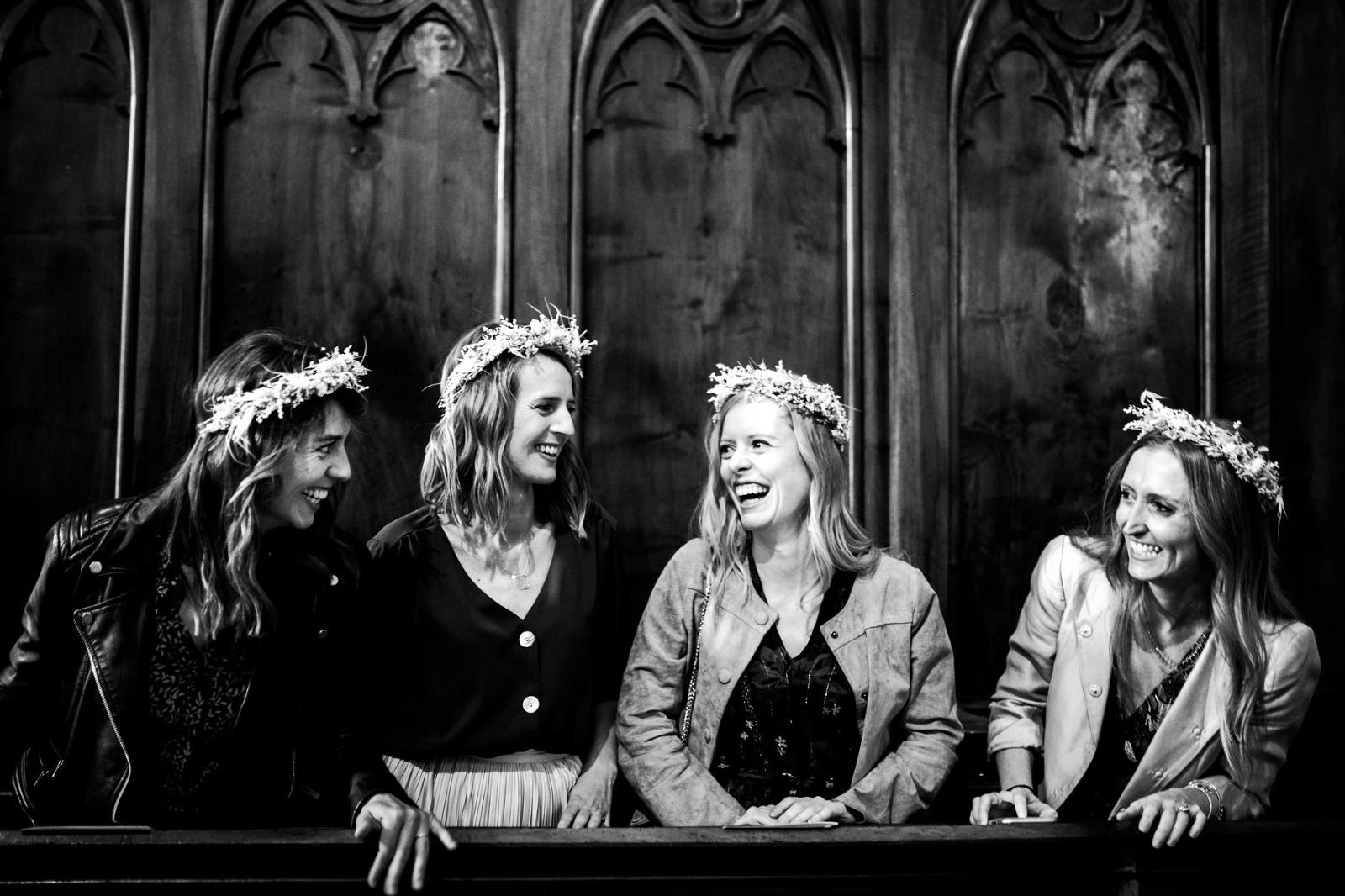 église-témoins-rires